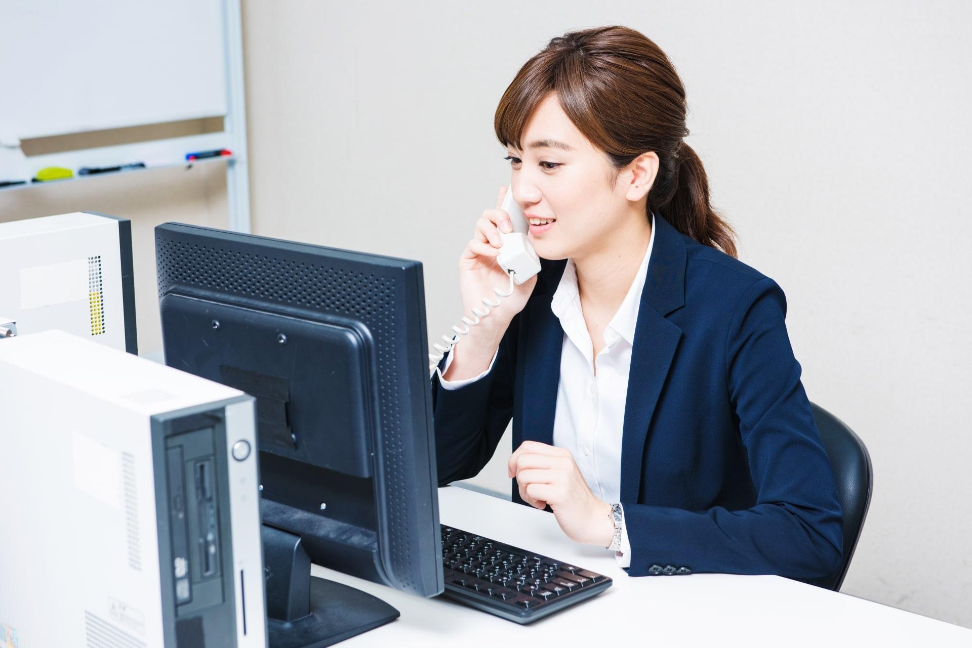 働く女性が抱えるお金の悩み。福利厚生でサポートするには?