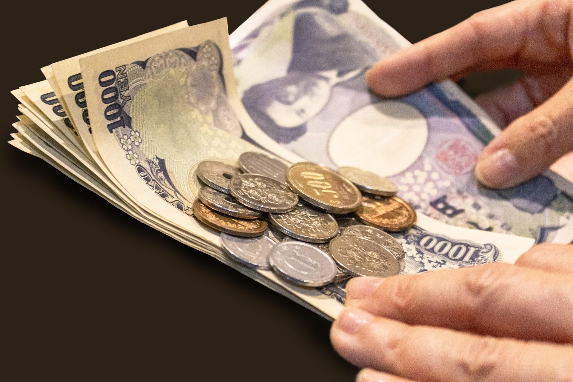 面倒な現金の割り勘。キャッシュレスの個人間送金でスマートに!
