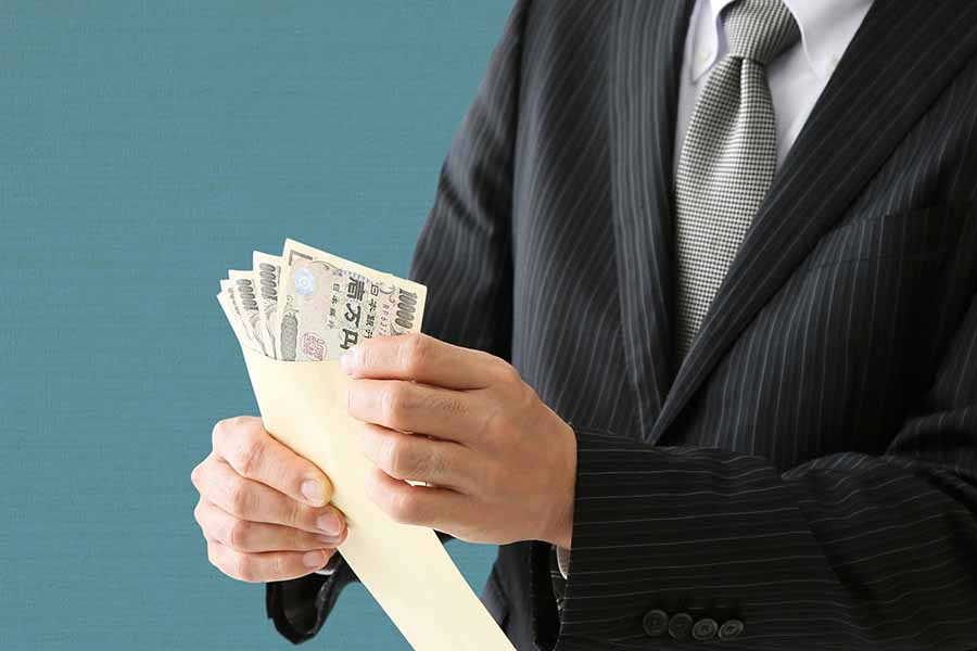 日本の企業でも給与計算のアウトソーシングが増える?
